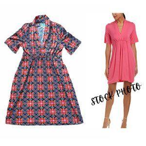 vfish Designs Short Sleeve Printed Shift Dress